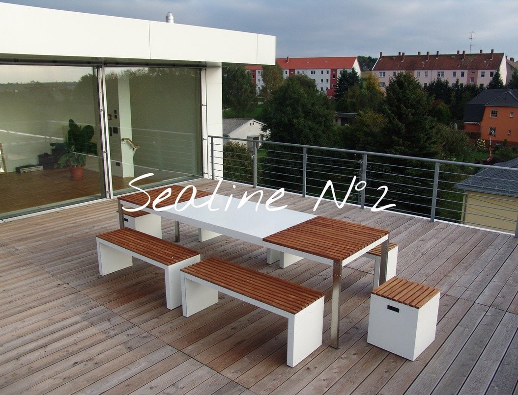 Design Tisch Sealine Nummer 2 aus Metall Holz Teak by Sebastian Bohry timeless design
