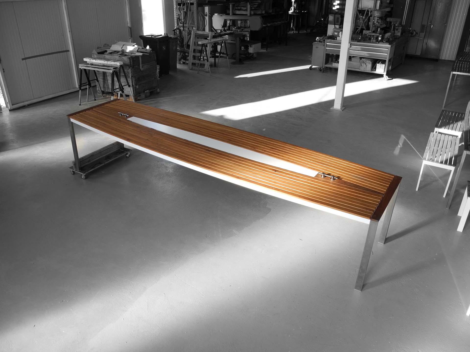 Design Tisch Sealine Nummer 6 aus Edelstahl Teak by Sebastian Bohry