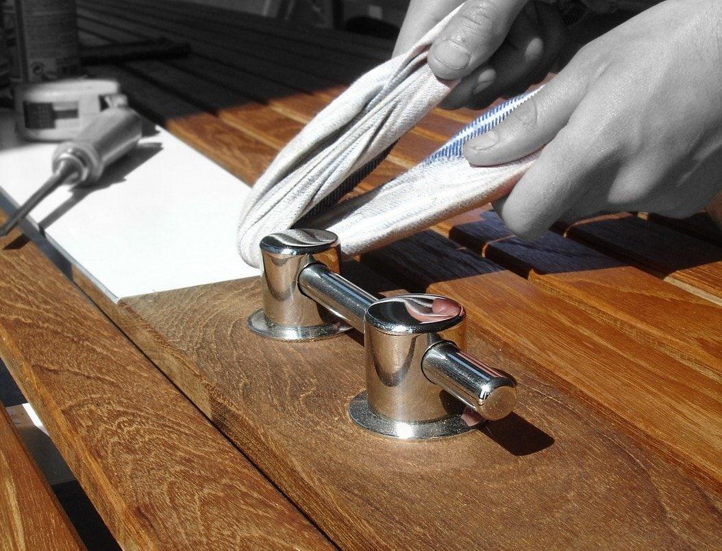 Design Tisch Sealine Herstellung aus Holz Teak Edelstahl by Sebastian Bohry timeless design
