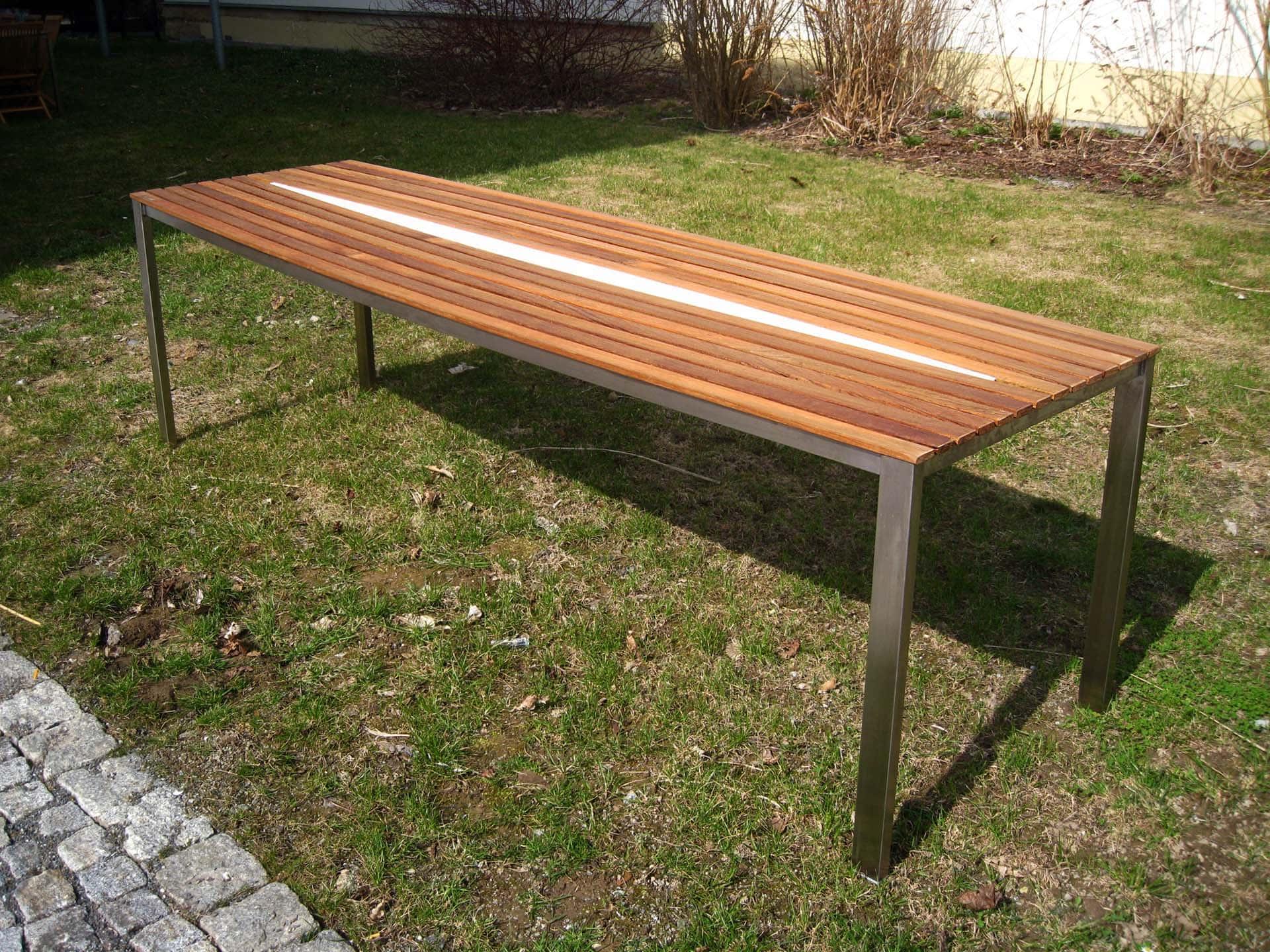 Design Tisch Sealine Nummer 3 aus Holz Teak Edel-Stahl by Sebastian Bohry timeless Design