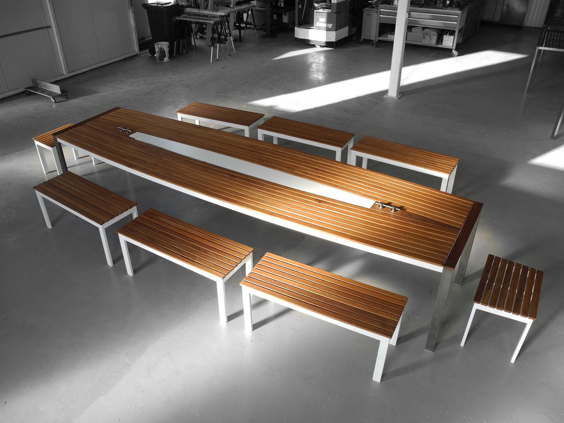 Design Tisch Sealine Nummer 6 aus Teak-Holz Edel-Stahl by Sebastian Bohry timeless design