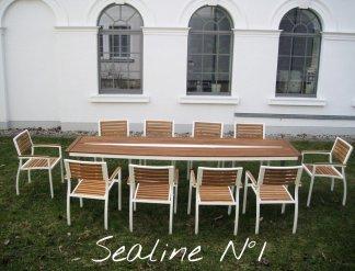 Design Tisch Sealine Nummer 1 aus Holz Metall Teak by Sebastian Bohry timeless design