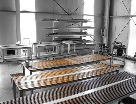 Design Tische Werkstatt schwarz weiß farbe by Sebastian Bohry timeless design